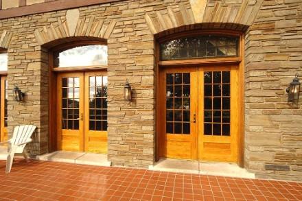 spectemur-front-porch-doors