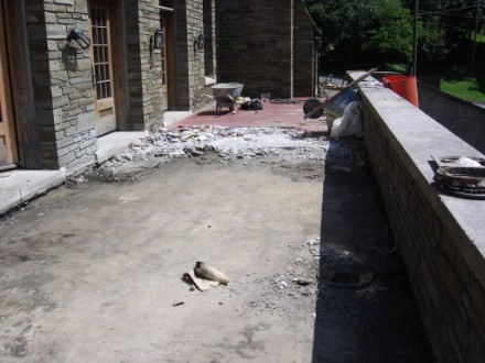 spectemur-porch-2006-2